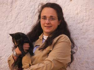 Tierarztpraxis Grath, Stephanie Grath ist für Sie da in den Bereichen, Tierärztliche Versorgung, Verhaltenstherapie, Hundetraining, Gespannprüfung und Pension